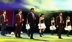 超级高能搞笑的年会舞蹈串烧公司年会创意节目企业尾牙表演视屏